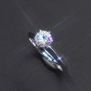 Jewelry - NWT 1 Ct. CUBIC ZIRCONIA RING Size 5 beautiful